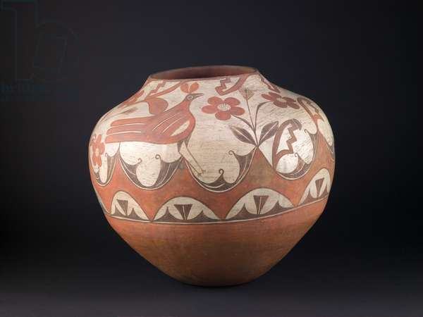 Storage Jar (olla), c.1930 (clay and paint)