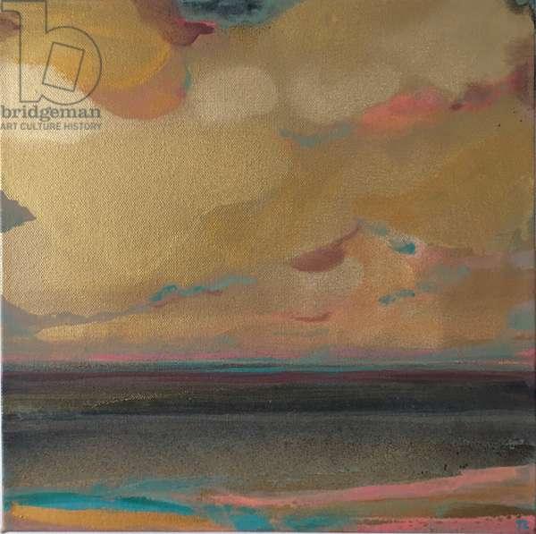Gold Cloud Sea Swell