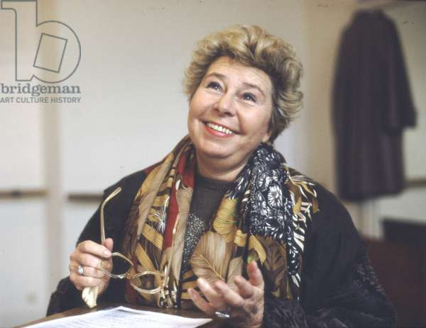 Christa Ludwig gives a master-class at Opera Comique, Paris, France, 1988 (photo)