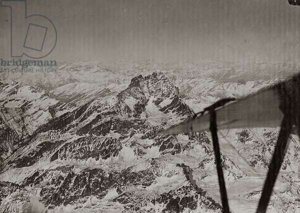 Albums with aerial views of towns and cities during the first post-war Italian: view of Mount Viso from military plane