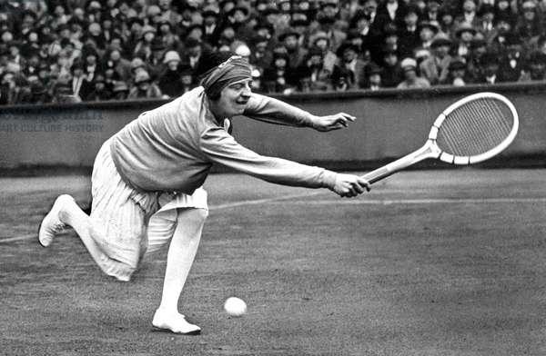 French Tennis player Suzanne Lenglen (1899-1938) during Wimbledon, 20's