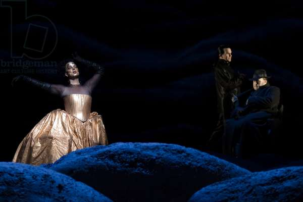 Christopher Robertson as Doktor Faust and Mary Mills as Duchess of Parma in 'Doktor Faust' (photo)
