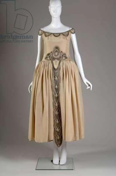 Robe de Style, 1927 (front view), Silk moiré, glass beads, pearls, metallic thread, Jeanne Lanvin, France