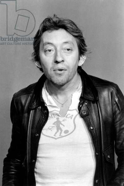 Serge Gainsbourg during TV Programme Top A Serge Gainsbourg on May 4, 1974 (b/w photo)