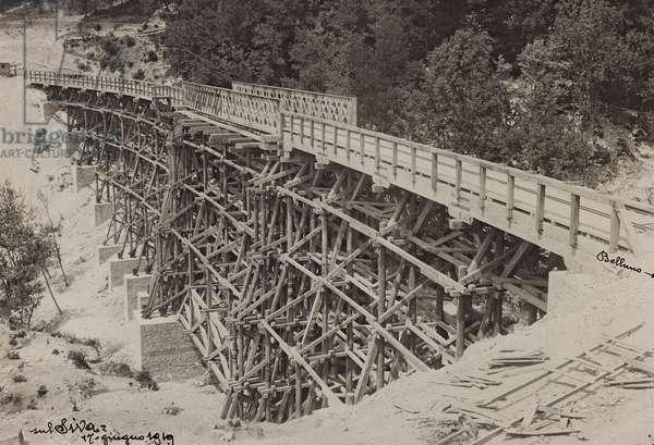 """Italo Austrian War 1915-1918"": reconstruction of a bombed bridge over the stream Siva, 17/06/1919 (b/w photo)"
