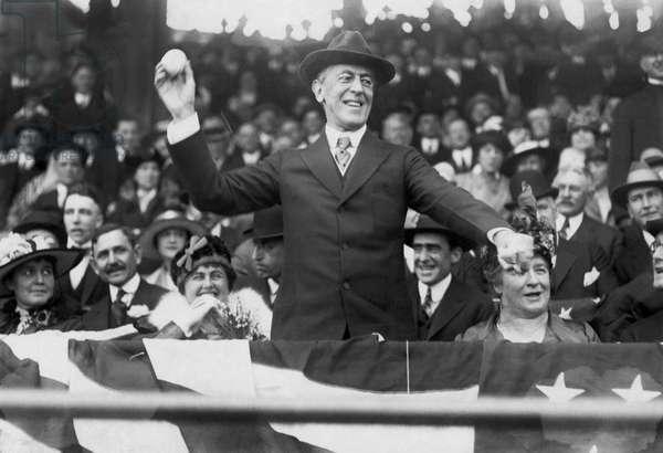 President Wilson Opens Season, Washington, D.C., 1916 (b/w photo)