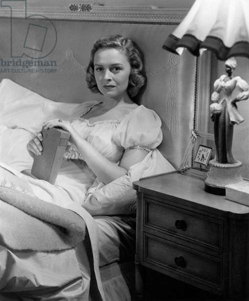 Donna Reed in 'Beyond Glory'