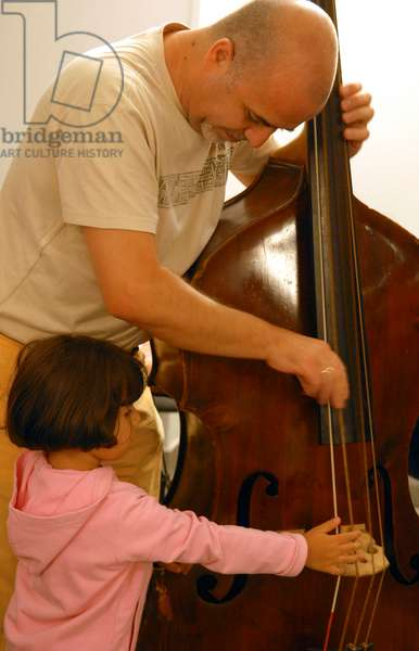 Double bass player