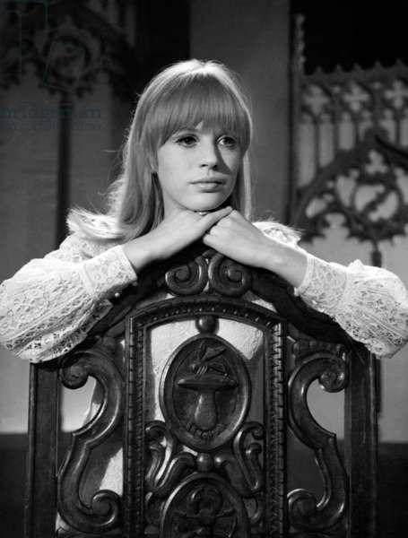 Marianne Faithfull during TV Programme, May 1966 (b/w photo)
