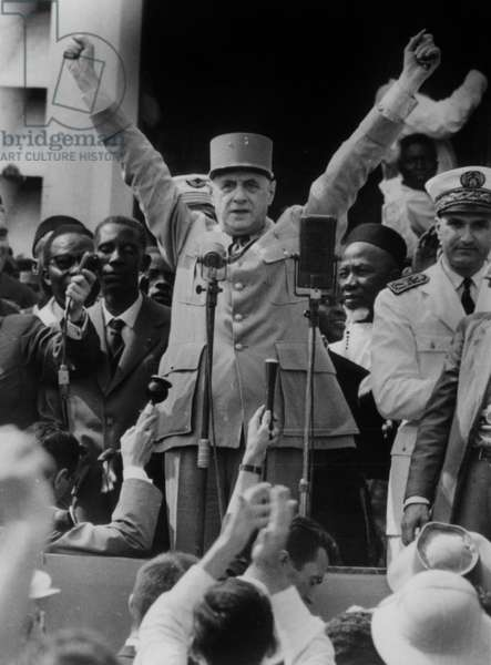 Official trip of General Charles de Gaulle (1890-1970), the head of government during the fourth Republic in France, in Africa, here during his first speech in Potopoto (Congo Brazzaville) on August 24, 1958