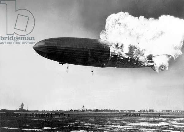 Burning LZ 129 'Hindenburg', 1937 (b/w photo)