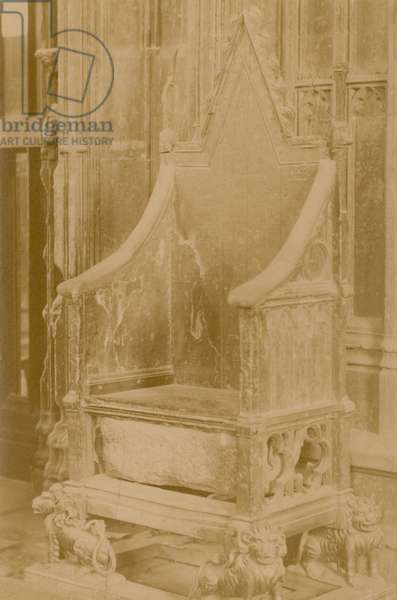 The Stone of Scone in the Coronation Chair (photo)