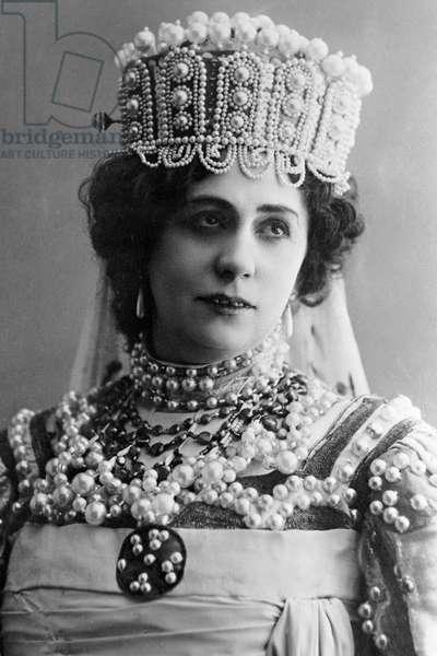 Singer Antonina Nezhdanova in Mikhail Glinka's opera 'Ruslan and Lyudmila', 1911 (b/w photo)