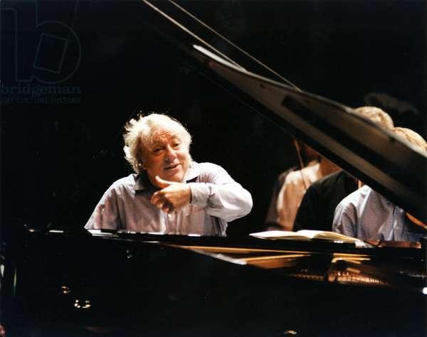 Richard Goode playing piano