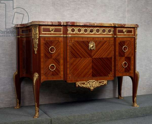 Louis XV-Louis XVI style Second Empire (Napoleon III) tulipwood and satinwood commode, circa 1870, stamped by Paul Sormani, France, 19th century, detail