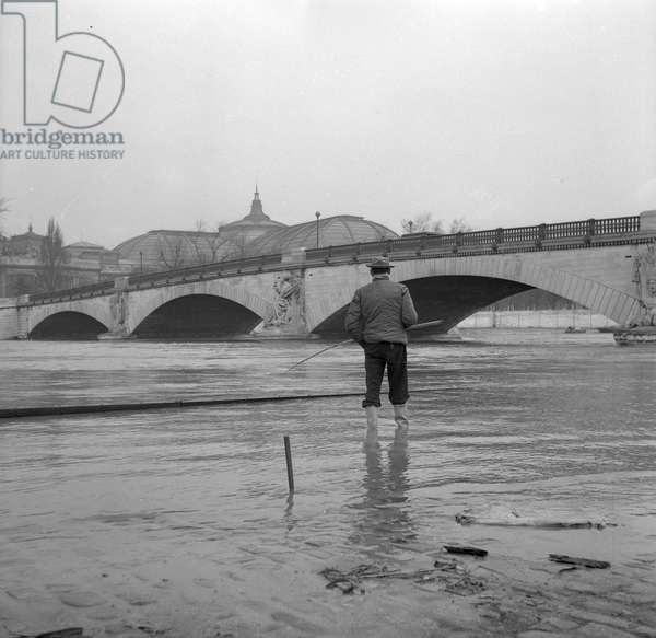 Floods of the Seine, Paris, 1952