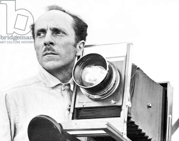 Edward Weston with his Seneca View Camera, Mexico, 1924 (b/w photo)