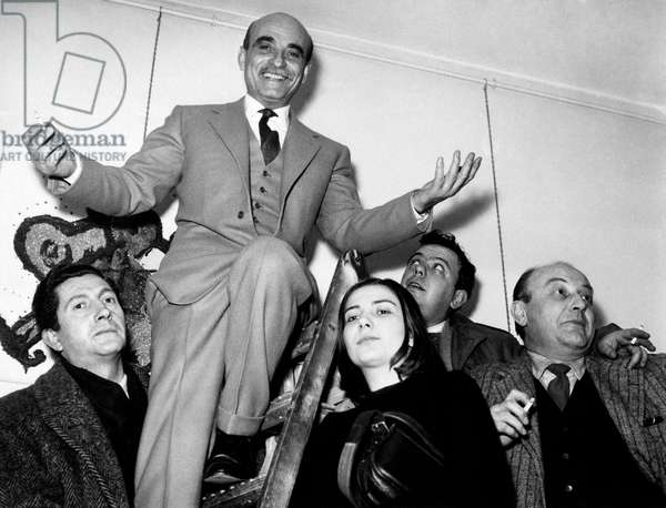 Lucio Fontana at the Galleria del Naviglio