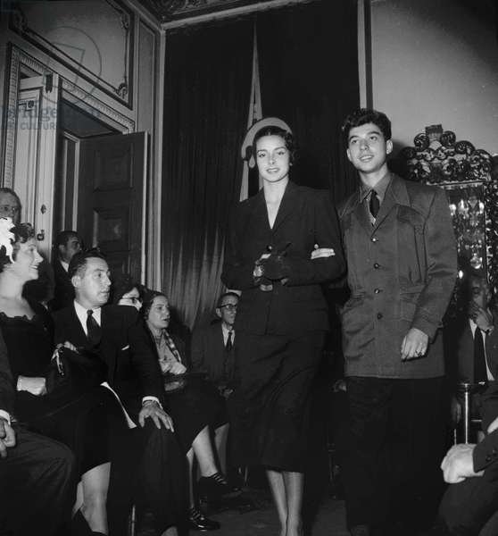 Presentation of male winter fashion, Paris, October 13, 1949 (b/w photo)