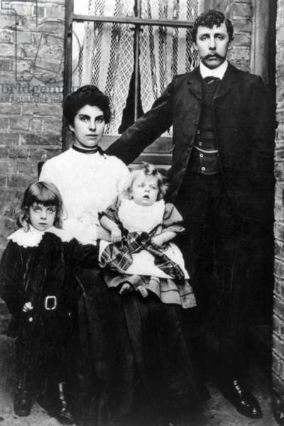 TITANIC: SURVIVORS, 1912 A family of survivors of the RMS 'Titanic.' Photographed 1912.