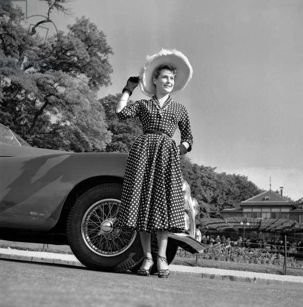 """""""Concours d'elegance"""" in the Bois de Boulogne, Paris, France, June 23, 1949 (b/w photo)"""
