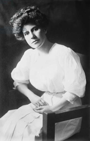 Mrs. Woodrow Wilson (Ellen Louise Axson, 1860-1914) Wilson's first wife, who died in 1914, during the second year of his presidency