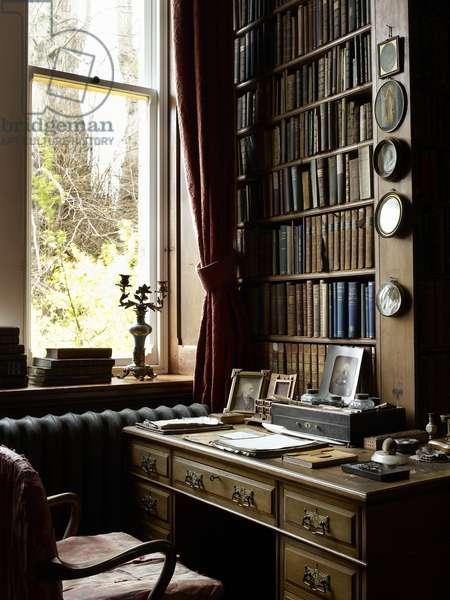 Sir William Gladstone's Desk, Hawarden Castle (photo)