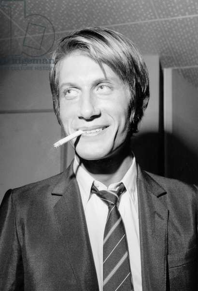 Jacques Dutronc on November 17, 1967 (b/w photo)