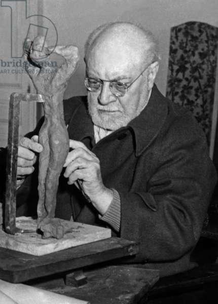 Henri Matisse (1869-1954) French Painter Ici A Nice (Cote D'Azur) April 17, 1951 (b/w photo)