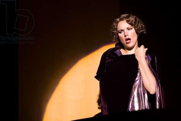 Virginia Tola as Donna Elvira (photo)