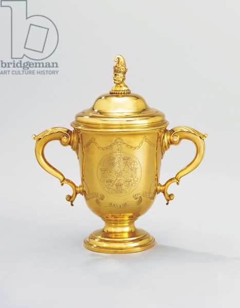 George II cup and cover, 1739 (gold) (see also 619081)