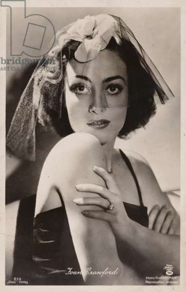 Joan Crawford (b/w photo)