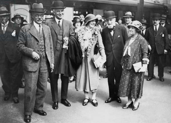 James Ramsay MacDonald and Sir John Simon before they departure to the reparations conference in Lausanne, 1932 (b/w photo)