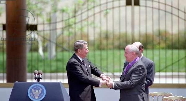 President of Ronald Reagan and Soviet Leader Mikhail Gorbachev