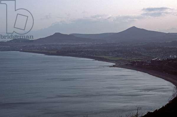 Dalkey Bay, Bray Bay and Wicklow Mountains, County Wicklow, referred to in James Joyce novels, Ireland (photo)