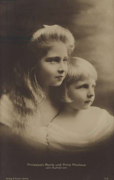 Princess Maria of Romania, later Queen Maria of Yugoslavia, and her younger brother Prince Nicholas as young children (b/w photo)