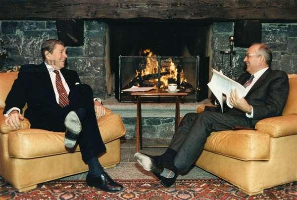 R. Reagan and M. Gorbachev meeting