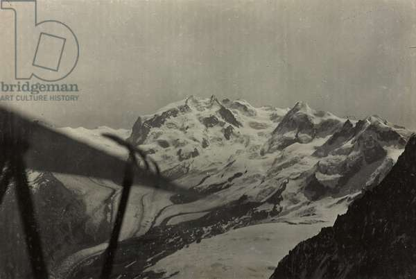 Albums with aerial views of towns and cities during the first post-war Italian: the Monte Rosa