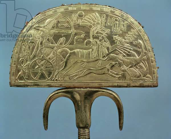 Ostrich-feather fan from the Tomb of Tutankhamun (c.1370-1352 BC) New Kingdom (wood covered with sheet gold) (see also 227989)