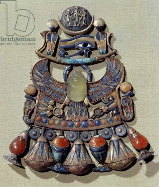 Pectoral with a bird-scarab, from the tomb of Tutankhamun (c.1370-52 BC) New Kingdom (gold cloisonne decorated with semi-precious stones & glass paste)