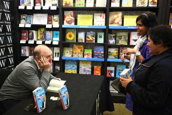 Dara O'Briain book signing