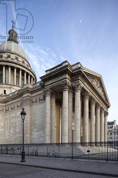 View of the Pantheon in Paris, French religious architecture in neoclassical style, church built on the Sainte Genevieve mountain in Paris, between 1758 and 1790 by architects Jacques Germain Soufflot (1713-1780), Jean Baptiste Rondelet (1743-1829) to house the hunt of Sainte Genevieve. personalites who contributed to the greatness of France. Photography, KIM Youngtae, Paris.