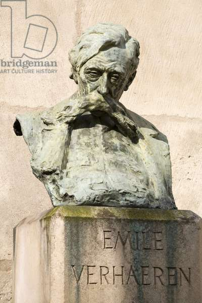 Emile Verhaeren (1855-1916), French-speaking Flemish Belgian poet, bronze sculpture by Cesar Scrouvens (Schroevens, Schrouvens) (1884-1972), Rights Reserved. Photography, KIM Youngtae, Paris, 2008.