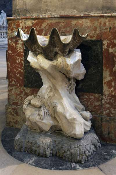 Benitier of the church of Saint Sulpice, tridacne giant offered to Francois 1er by the Republic of Venice, climbs on the sculpted base, settles at the church of Saint Sulpice in Paris, Sculpture by Jean-Baptiste Pigalle (1714-1785). Photography, KIM Youngtae, Paris 6th arrondissement, France.