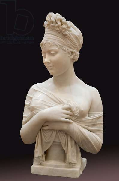 Bust of Juliette Recamier, dit Madame Recamier (1777-1849), woman of letters, Wonderful under the Directoire, figure of opposition to Napoleon's regime, her litterary salon was frequent by Mme de Stael and Chateaubriand. Marble sculpture by Joseph Chinard (1756-1813). Photography, KIM Youngtae, Lyon, Musee des beaux arts de Lyon.