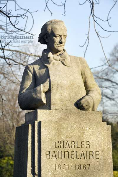 Bust of Charles Baudelaire (1821-1867), Poete, French art critic, Stone sculptrue by Pierre Felix Masseau (1869-1937), Photography, KIM Youngtae, Paris.