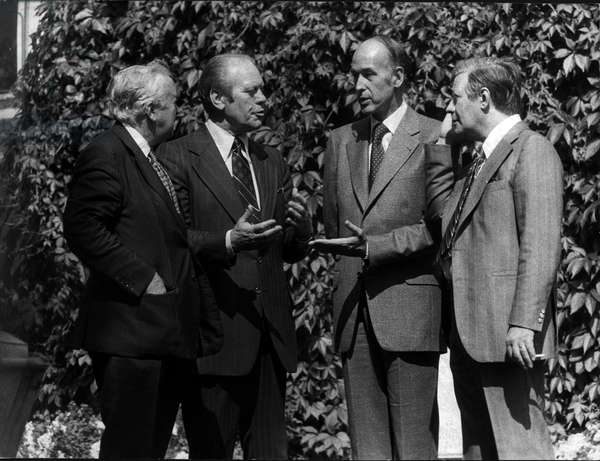 Aug. 2, 1975 - Helsinki, Finland - British Prime Minister Mr. HAROLD WILSON, American President GERALD FORD, President GISCARD D'ESTAING and Chancellor of the German Federal Rep. HELMUT SCHMIDT at the park of the U.S. embassy in Helsinki