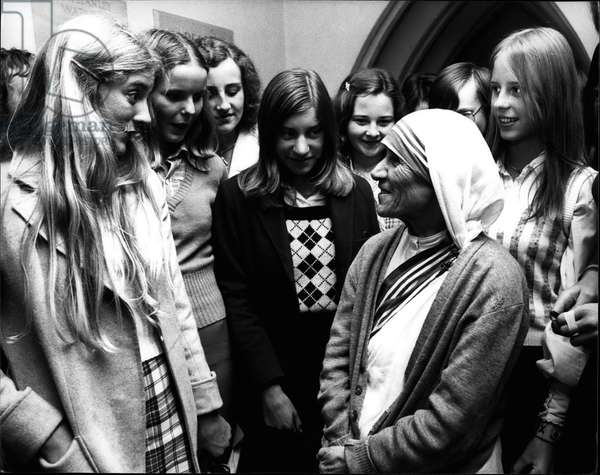 Mother Teresa (Theresa) - Sep. 09, 1974 - Mother Teresa Of Calcutta Speaks To Youth At Guildford Cathedral: Mother Teresa, whose work with the dying in Calcutta has earned her a world-wide reputation, was at Guildford Cathedral today to meet about two thousand young people aged 16-19. Pupils from both denominational and State Schools were invited to this wholly ecumenical rally