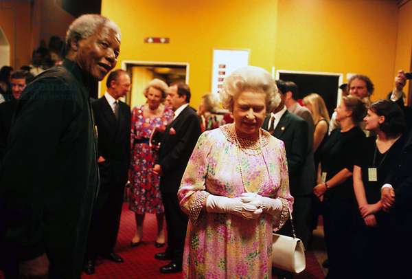 London 11/07/1996 South African President Nelson Mandela (1918-2013) with Queen of England Elisabeth (Elizabeth) II at the Royal Albert Hall