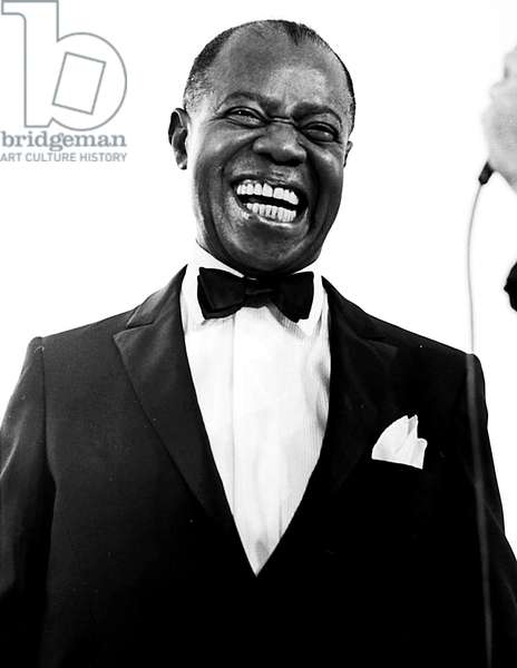 Portrait of Louis Armstrong in 1968 (b/w photo)